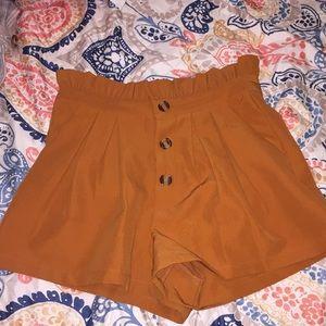 Button high waist shorts